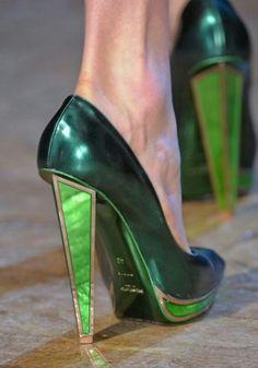Imagem de emerald, shoes, and gold