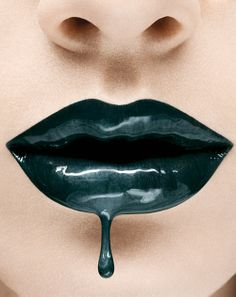 Black drip lips, and I have another situation. Lipstick Art, Lip Art, Luz Natural, Beauty Makeup, Hair Makeup, Hair Beauty, Oil Sands, Love Lips, Kissable Lips