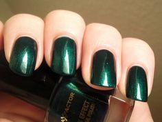 max factor emerald / green / nail polish