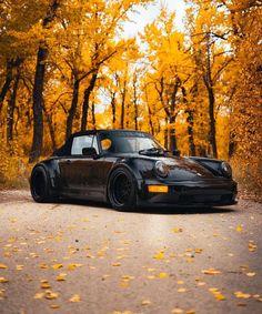 All black cars porsche 911 46 New Ideas Porsche 964, Porsche Cars, Ferrari Car, Retro Cars, Vintage Cars, Camping Vans, Carros Retro, Lamborghini Gallardo, Modified Cars
