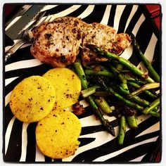 ... chops, grilled polenta medallions, asparagus and Caramelized onions