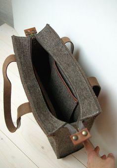 FELT TOTE SHOPPER zipper sandbrown leather von WestermanBags