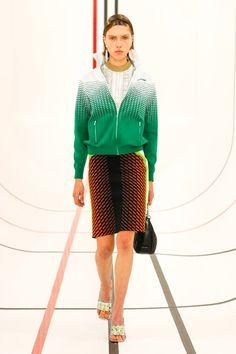 Foto Fashion, Fashion Week, Runway Fashion, Fashion Beauty, Womens Fashion, Fashion Trends, Paris Fashion, Miu Miu, Vogue Russia