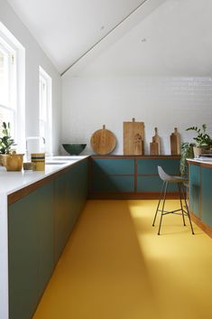 Open Kitchen Rubber flooring is a super practical option for a kitchen. And it doesn't get much better than this pop of yellow. Open Kitchen Rubber flooring is a super practical option for a kitchen. And it doesn't get much better than this pop of yellow. Kitchen Decor Sets, Kitchen Colors, Kitchen Yellow, Yellow Kitchens, Kitchen Cupboard Colours, Yellow Kitchen Designs, Colorful Kitchens, Design Kitchen, Home Interior