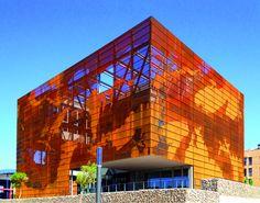 IGC Tremp / Oikosvia Arqutiectura (Tremp, Lleida, Espanha) #architecture