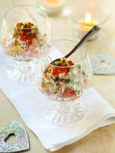 Mini-verrines apéritives saumon, crevettes et oeufs de poisson : Recette de Mini-verrines apéritives saumon, crevettes et oeufs de poisson - Marmiton