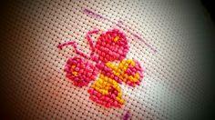 Mariposa (Mi primer trabajo en punto de cruz)