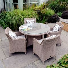Saigon Heritage 4 Seat Round Dining Set. Great For Outdoor Dining Or  Relaxing. Natural