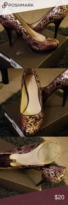 Enzo Angiolini Sequin Platform Beautiful earth tones, sequin, and comfy platform make these great for a special occasion!! Enzo Angiolini Shoes Heels
