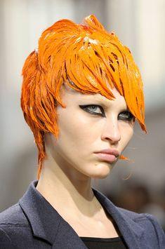 Junya Watanabe at Paris Fashion Week Fall 2012 - Details Runway Photos Catwalk Hair, Runway Hair, Pat Mcgrath, Prada, Editorial Hair, Junya Watanabe, Modern Hairstyles, Stylish Hair, Crazy Hair
