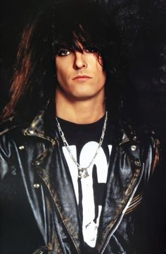 Motley Crue Nikki Sixx, Shout At The Devil, Sixx Am, Jim Morrison Movie, Jason Newsted, 80s Hair Bands, Vince Neil, Classic Rock And Roll, Lovely Eyes