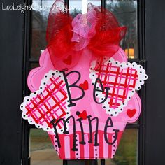 Valentines Day Door Hanger, Be Mine Valentine Cupcake, Valentines Day Door Decor, Happy Valentines Day Sign. $45.00, via Etsy.