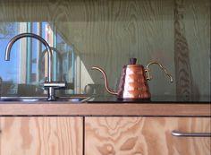 Kitchen of plywood and oak vagane-viste.no