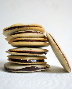 homemade milano cookies. I NEED TO MAKE THESE!!!