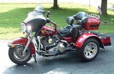 Motorcycle trike picture of a 1999 Harley-Davidson Electra Glide Classic w/Frankenstein Trike Conversion