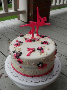 Or maybe this one? I just wish fondant was not so gross! So pretty! Delicate gymnastics cake
