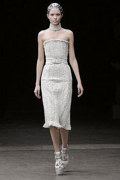 Fall 2011 Paris Fashion Week: Alexander McQueen 2011