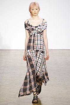 Pringle of Scotland Spring 2017 Ready-to-Wear Fashion Show