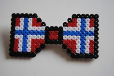 17 Mai, Norwegian Flag, Diy And Crafts, Crafts For Kids, Red White Blue, Perler Beads, Beading Patterns, Norway, Cross Stitch