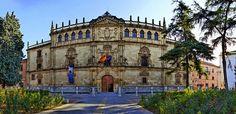 Rectorado de la Universidad Complutense, Alcalá de Henares. Madrid