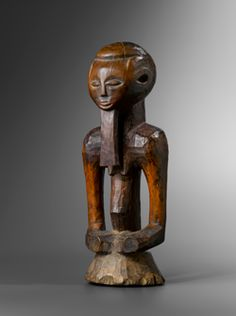 KASONGO Statue Congo Late nineteenth century Wood Former French collection Height: 40 cm - Lucas Ratton African Masks, African Art, Congo, Statues, French Collection, African Sculptures, African Home Decor, Art Premier, Art Sculpture
