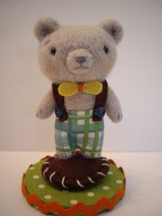 Jenn Docherty's needle felted animals make great keepsakes