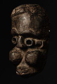 Kamerun, Bamileke Mask - A Private Collection Masks Art, African Masks, Headdress, Auction, Skull, Statue, Vintage, Collection, Fascinators