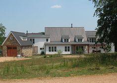 A Pocketful of Blue: Farmhouse With a Modern Edge