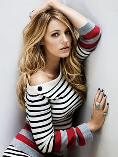 Blake Lively fans, you are going to want to read this! Ever watched Gossip Girl and longing looked upon Blake Lively's fla. Mode Blake Lively, Blake Lively Hair, Blake Lively Style, Blake Lively Gossip Girl, Gossip Girls, Street Mode, Street Style, Girl Pose, Beautiful People