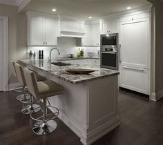 If you now live in the condominium and want to remake your kitchen, you got the right place. We provide you with some of the best models and designs of the condo kitchen remodel. Small Condo Kitchen, Condo Kitchen Remodel, Kitchen Remodel Pictures, Kitchen Reno, Kitchen Cabinets, Classic White Kitchen, Kitchen Remodel Before And After, New Condo, Kirchen