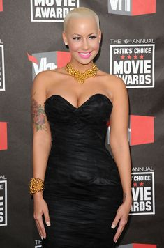 The Genteel perfection of Amber Rose ...Ritzy short hair cut...