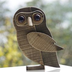 Large Wooden Owl Ornament for Home/Office/Bar Decoration Pallet Crafts, Wooden Crafts, Wooden Diy, Owl Crafts, Animal Crafts, Owl Art, Bird Art, Woodworking Projects Diy, Wood Projects