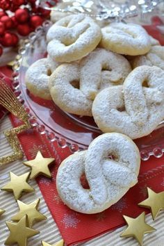 Italian Cookie Recipes, Italian Cookies, Italian Desserts, Christmas Sweets, Christmas Baking, Italian Christmas Traditions, Biscotti Cookies, Beignets, Sweet Cakes