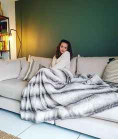 """Georgia May Foote's Instagram post: """"The dreamiest sofa as always from @sofology 🛋 We love this tallulah range in our new home! #gifted"""" Georgia May Foote, Ted, New Homes, Sofa, Blanket, Instagram Posts, Furniture, Range, Home Decor"""