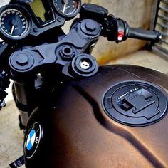 Fuck the world. I'm getting this. #BMW #rninet #r90 #motivation #motorcycle #bronze #brap #brapmachine #bimmer #beemer #caferacer