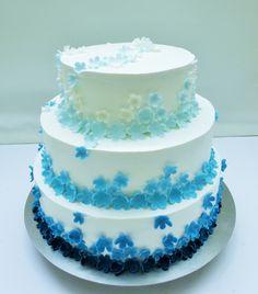 tort 3-piętrowy niebieski