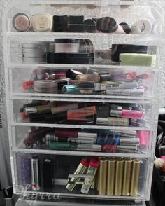 eDiva Princess Organizer Review. This is what Kim Kardashian uses! #makeup #beauty #organization #storage