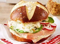 Alpen-Burger mit Leberkäse | LECKER