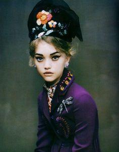 Vogue Italia December 2005, Gemma Ward by Paolo Roversi