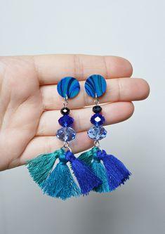 Un preferito personale dal mio negozio Etsy https://www.etsy.com/it/listing/603267837/blue-pendant-earrings-blue-tassel