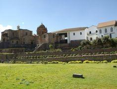 Igreja de San Domingo, construída sobre as ruínas do templo inca Koricancha, em Cusco #Peru