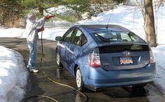 7 DYI car cleaning products