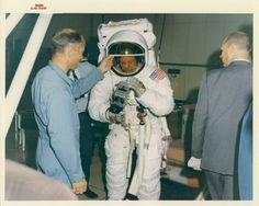 Apollo 11 Mission, Apollo Missions, Nasa Photos, My Photos, Apollo Space Program, Mission Control, Kennedy Space Center, Neil Armstrong, Man On The Moon