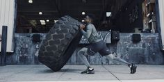 The Nike Zoom Train Command is a stylish and unique new functional training shoe designed for lifting, jumping, responsiveness and power. Bradley Lowery, Fitness Fashion, Men's Fashion, Air Squats, Athletic Looks, Functional Training, Back Exercises, Workout Clothing, Crossfit Athletes