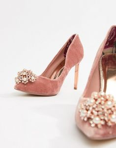 Buy Ted Baker Pink Velvet Embellished Heeled Court Shoes at ASOS. Get the latest trends with ASOS now. Silver Wedding Shoes, Wedding Boots, Lace Heels, Pink Heels, Court Shoes, Pump Shoes, Ted Baker Schuhe, Badgley Mischka Shoes Wedding, Ted Baker Shoes