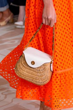 Tory Burch, Spring 2017 - New York's Most Eye-Catching Runway Handbags - Photos