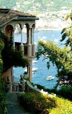 Amalfi Coast, Italy. #italytravelinspiration