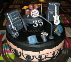 stage cake - rock'n'roll cake by tortarnica, via Flickr