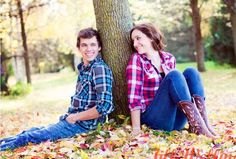 Fall portrait poses…flannel shirts and fallen leaves…love… Fall portrait poses…flannel shirts and fallen leaves…love… Pic Pose, Picture Poses, Photo Poses, Picture Ideas, Photo Ideas, Photo Shoots, Sibling Photography, Senior Photography, Photography Ideas