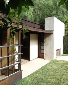 Schindler House ---- 835 North Kings Road West Hollywood, CA 90069 ------ Closed Mondays and Tuesdays ------- Wednesday through Sunday 11:00 am to 6:00 pm------ Tour : Saturday and Sunday, 11:00 am - 6:00 pm.